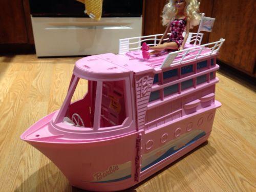 barbie-cruise-ship